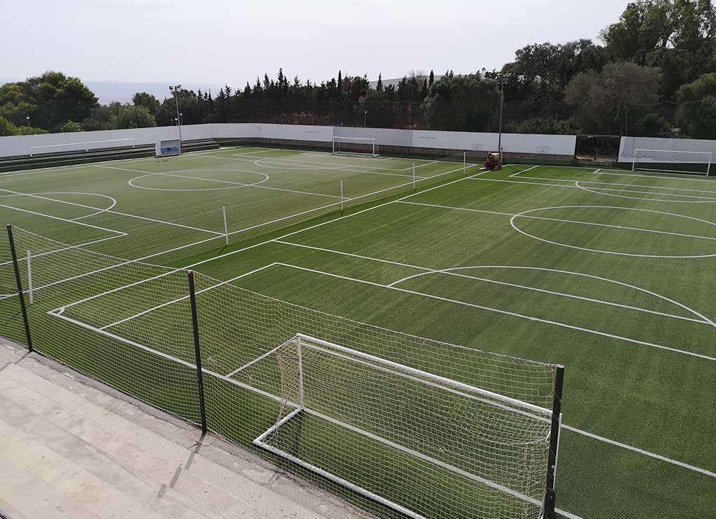 presupuesto campo de futbol cesped artificial