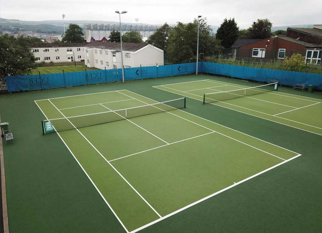 precio pista tenis cesped artificial