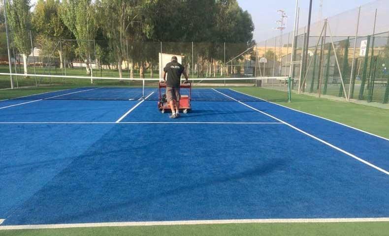 pista de tenis cesped artificial